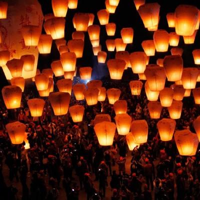 Летящи фенери на желанията