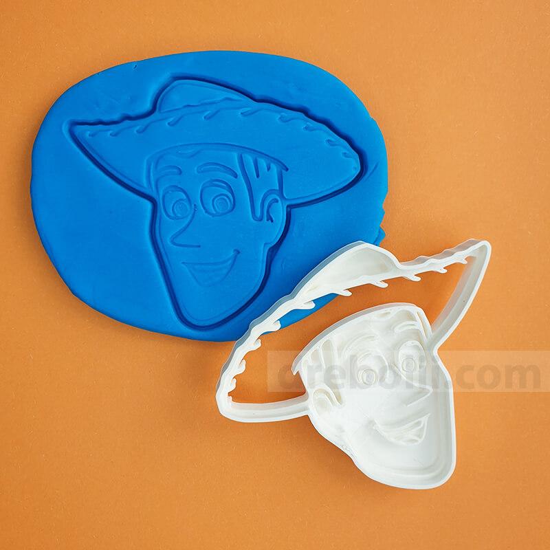 Резец за сладки, Toy Story - Уди