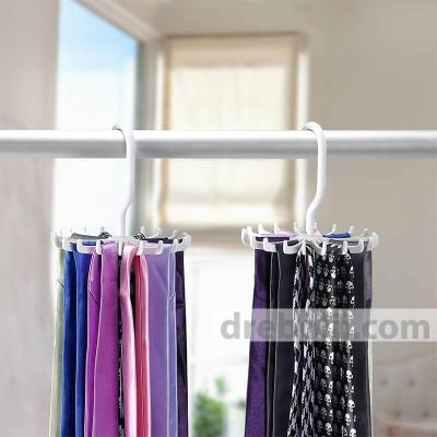 Въртяща закачалка за вратовръзки и колани